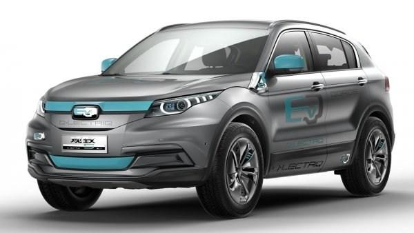 В Гуанчжоу представили прототип электромобиля от Qoros 2