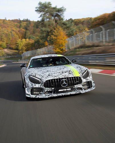 Mercedes-AMG GT R Pro дебютирует в Лос-Анджелесе 1