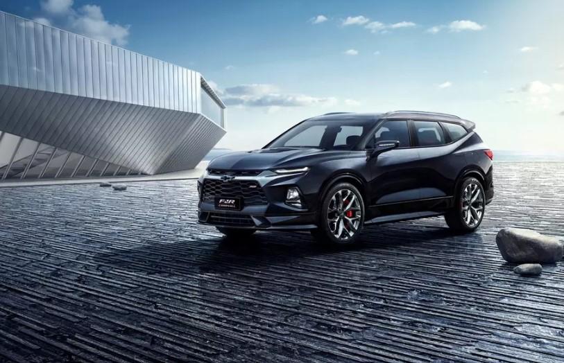 Новый кроссовер Chevrolet назвали в честь первого «Сабурбана» 1