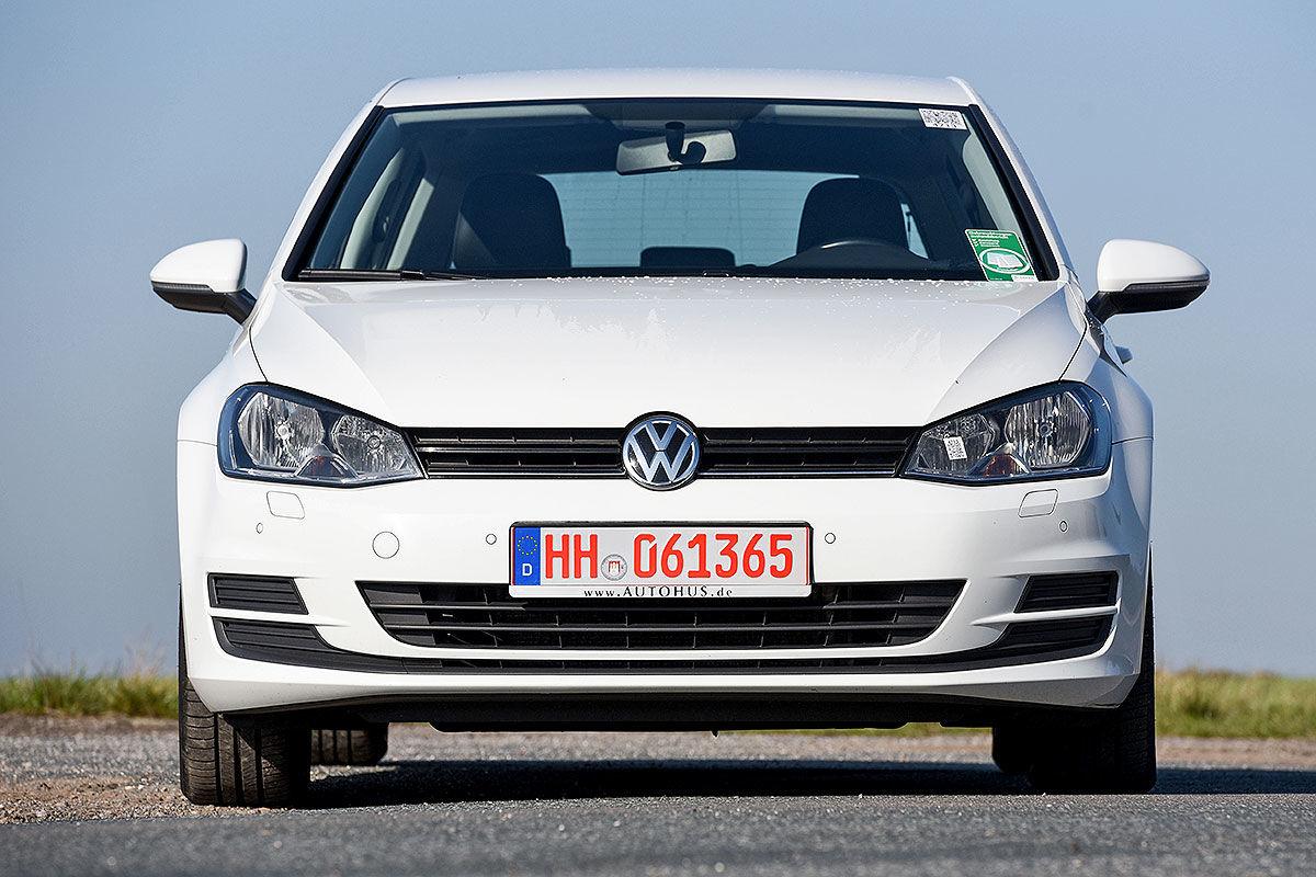 «Покупать или забыть»: тест-драйв подержанного VW Golf 1