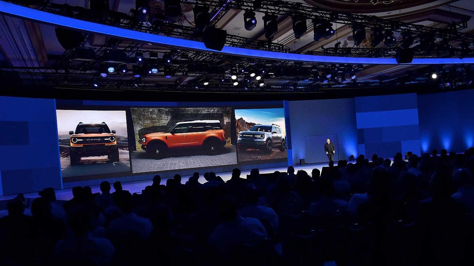 Новый Ford Bronco может получить компактную версию 1