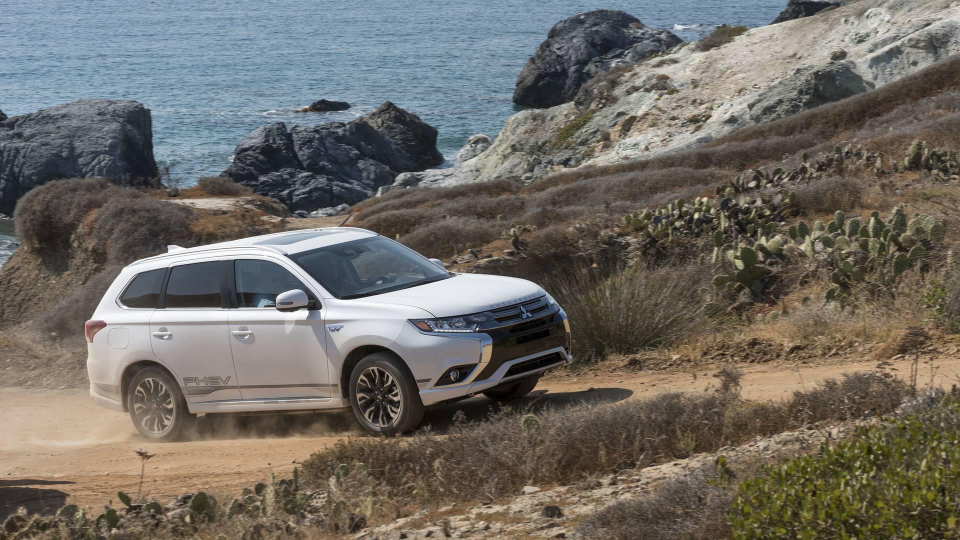 Mitsubishi Outlander «переедет» на новую платформу 1