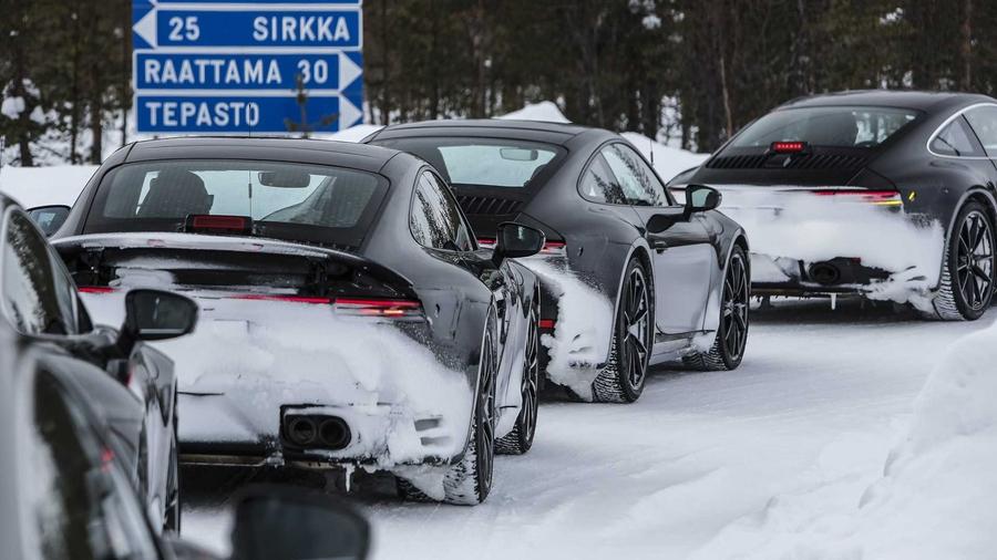 Новый Porsche 911 проходит финальные испытания перед премьерой 1