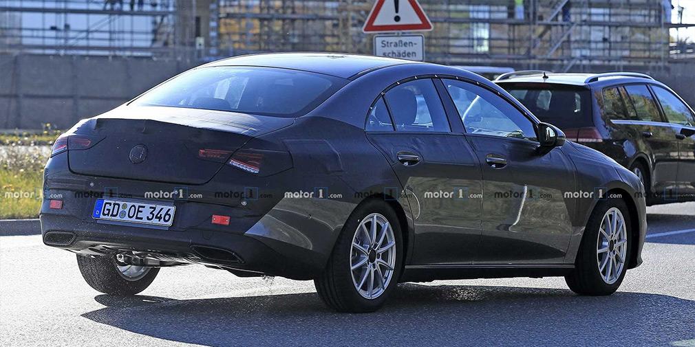 Mercedes вывел на финальные испытания CLA следующего поколения 1