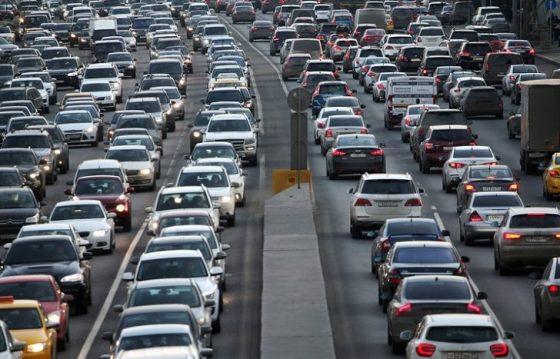 Где водители тратят больше всего времени в пробках 1
