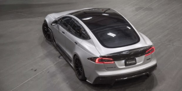 Представлена тюнингованная Tesla Model S P100D 2