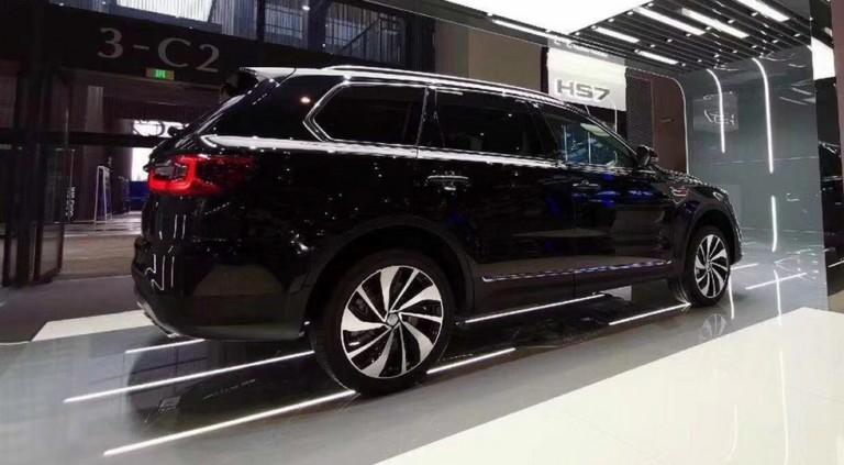 Китайский конкурент BMW X5 на платформе Тойоты: раскрыта серийная версия 2