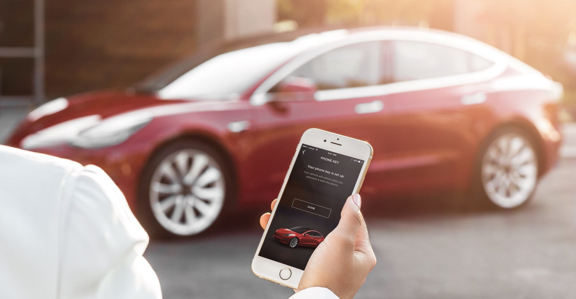 Владелец Tesla придумал, как никогда не платить за парковку 1