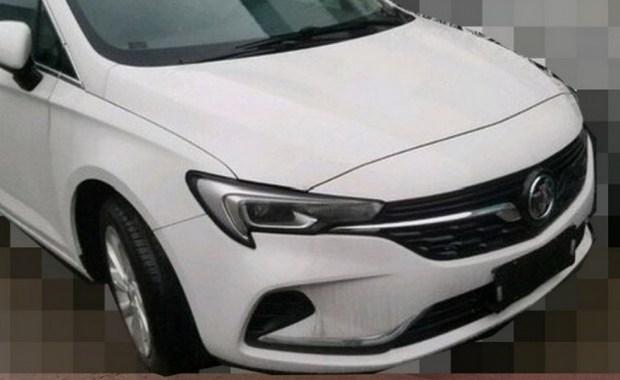 В Сети появились фотографии рестайлинговой «четырехдверки» Buick Verano 1