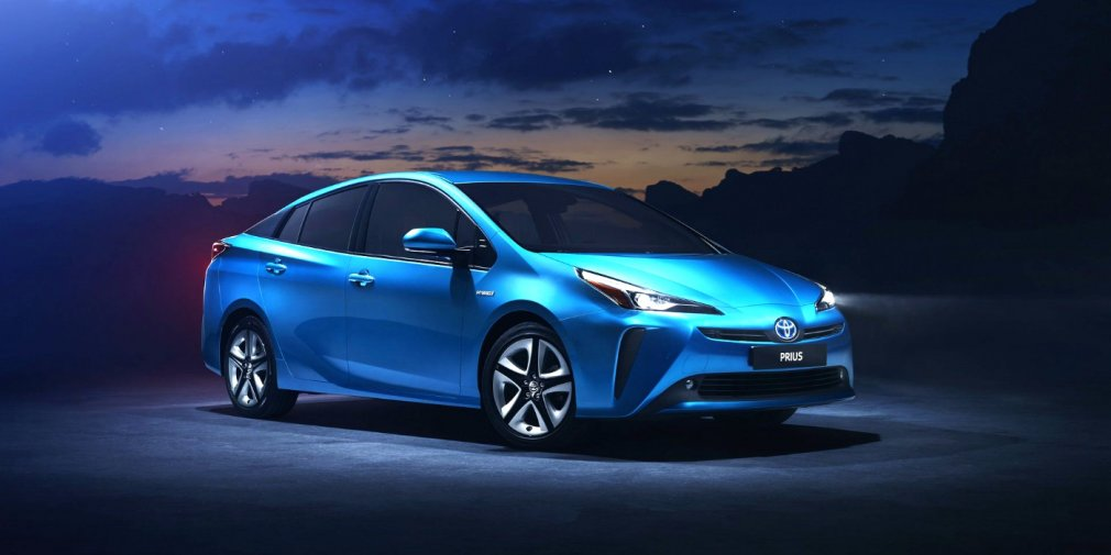 Гибрид Toyota Prius для Европы получил полный привод 1