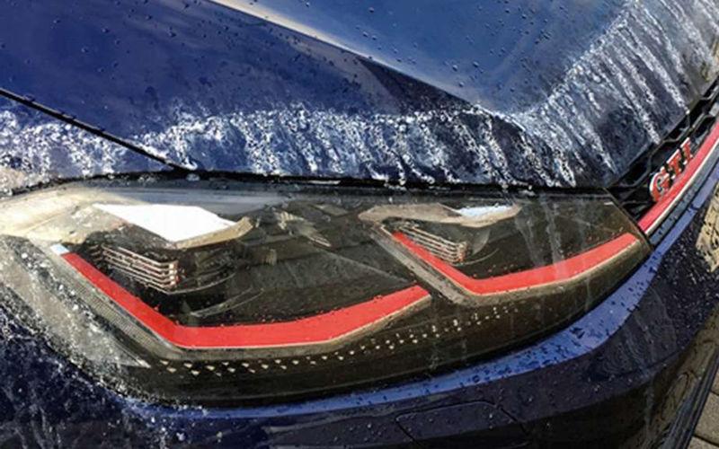 Автомобилисты Германии переживают клеевые атаки 2