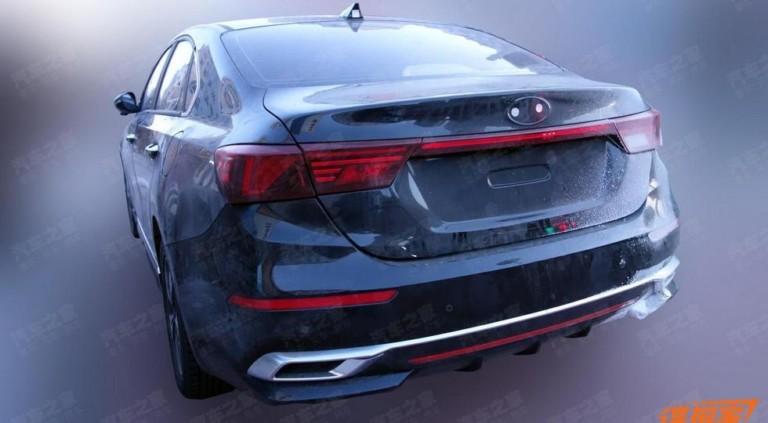 Другой новый Kia Cerato: более агрессивный облик и гибридная версия 2