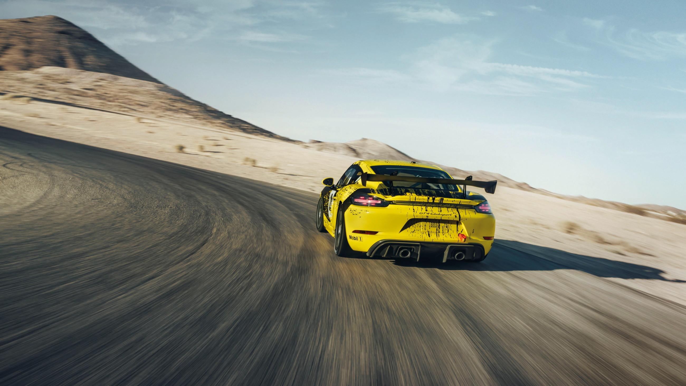 Porsche показал спорткар с кузовными деталями из биоволокна 2