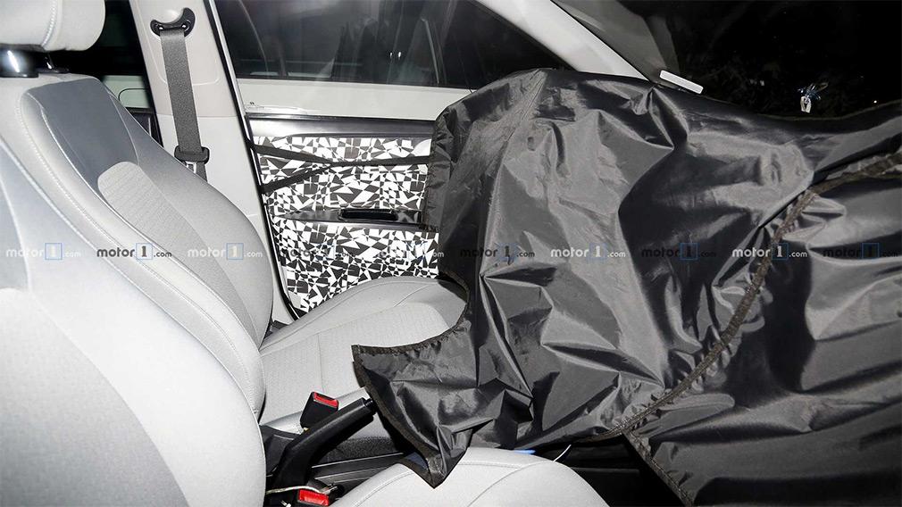 Hyundai вывел на тесты маленький хэтчбек i10 нового поколения 2