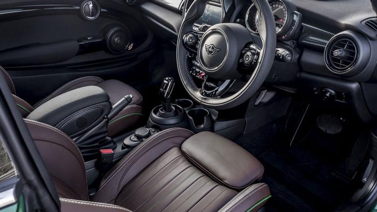 MINI выпустила специальные автомобили к своему юбилею 2