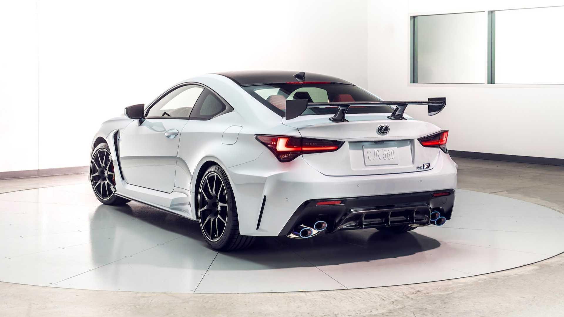 Lexus превратил RC F в трековую версию в исполнении Track Edition 2