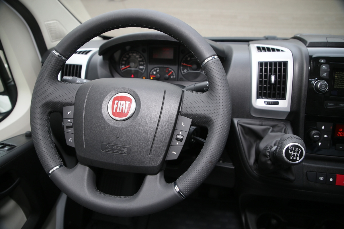 Fiat представил спецверсию фургона Ducato 2