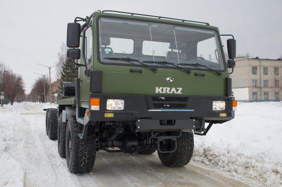 КрАЗ передал украинским военным новый многоцелевой вездеход 1