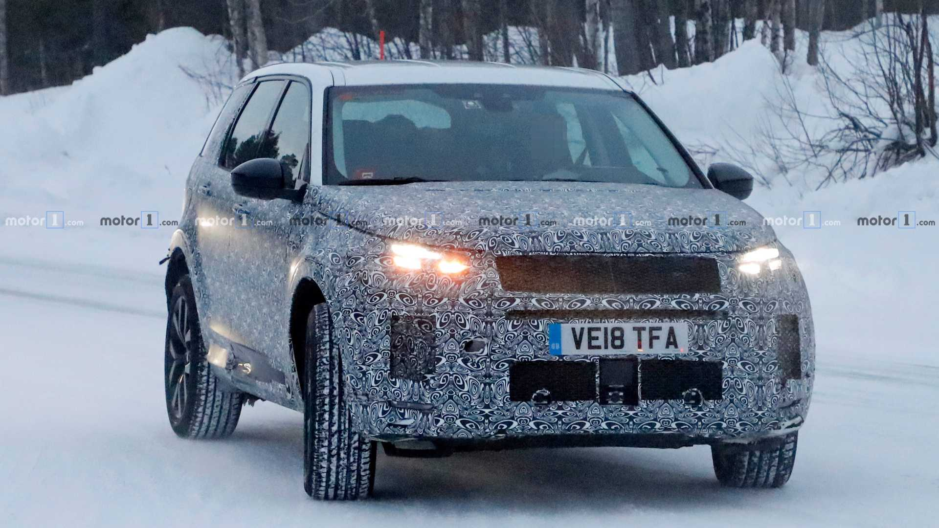 Land Rover начал тесты обновлённого Discovery Sport 1