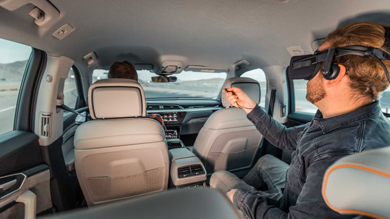 Audi представила технологию Audi Holoride 1