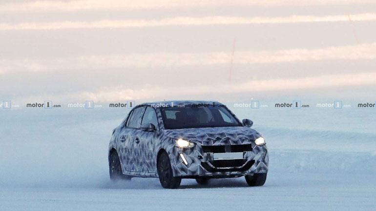 Новый Peugeot вышел на тесты 1