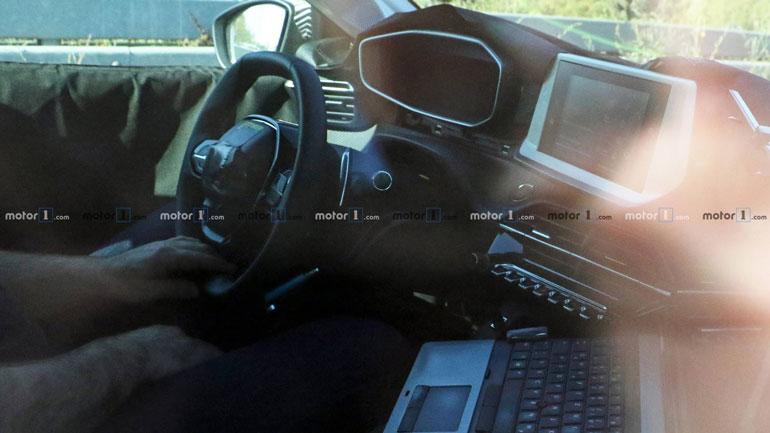 Новый Peugeot вышел на тесты 2