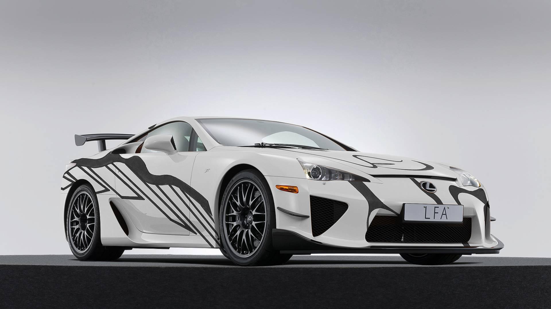 Lexus продал два новых LFA в 2018 году 1