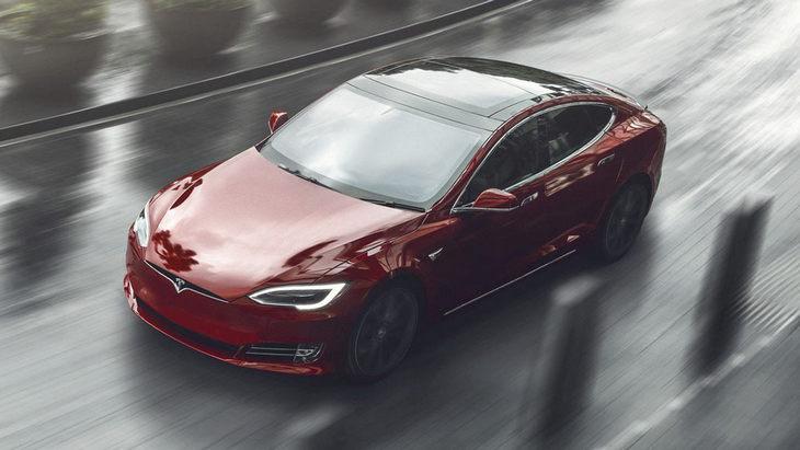 Названы страны-лидеры Европы по продажам автомобилей Tesla 1