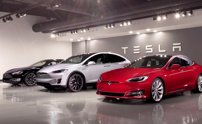 Tesla отказывается от доступных версий двух моделей 1