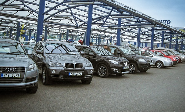 Украинцы установили абсолютный рекорд по импорту автомобильного секонд-хенда 1