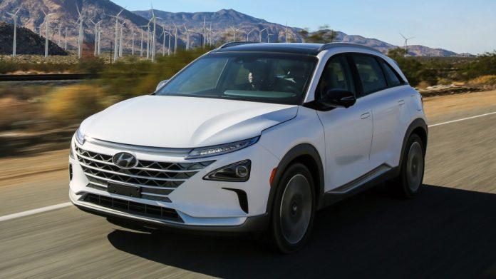 Первый водородный Hyundai Nexo доставили покупателю 1