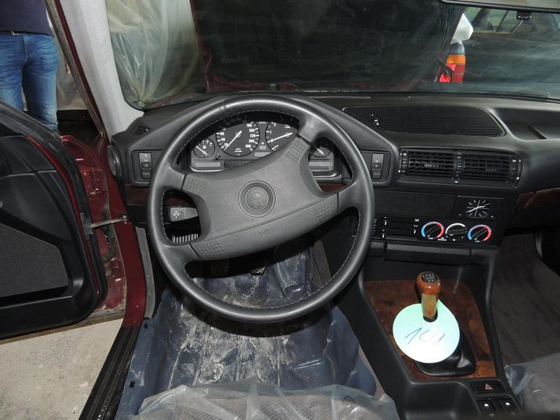 В Болгарии обнаружен склад новых BMW E34 2