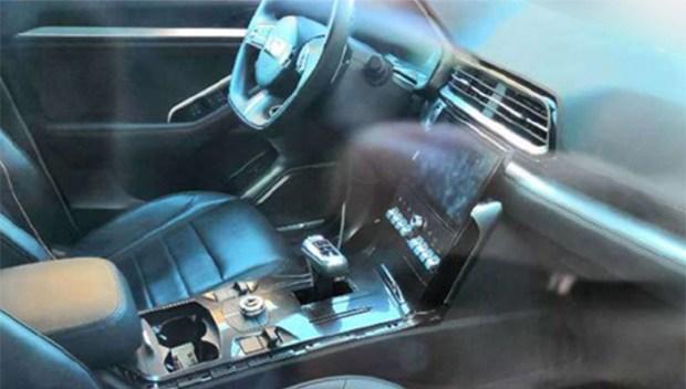 В сети появились фото интерьера нового роскошного кросс-купе WEY VV7 GT 2