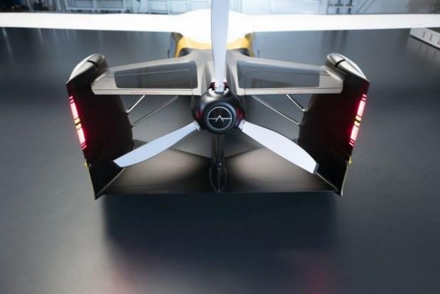 Летающий автомобиль из Словакии AeroMobil получит 4-ю версию и пойдет в серию 1