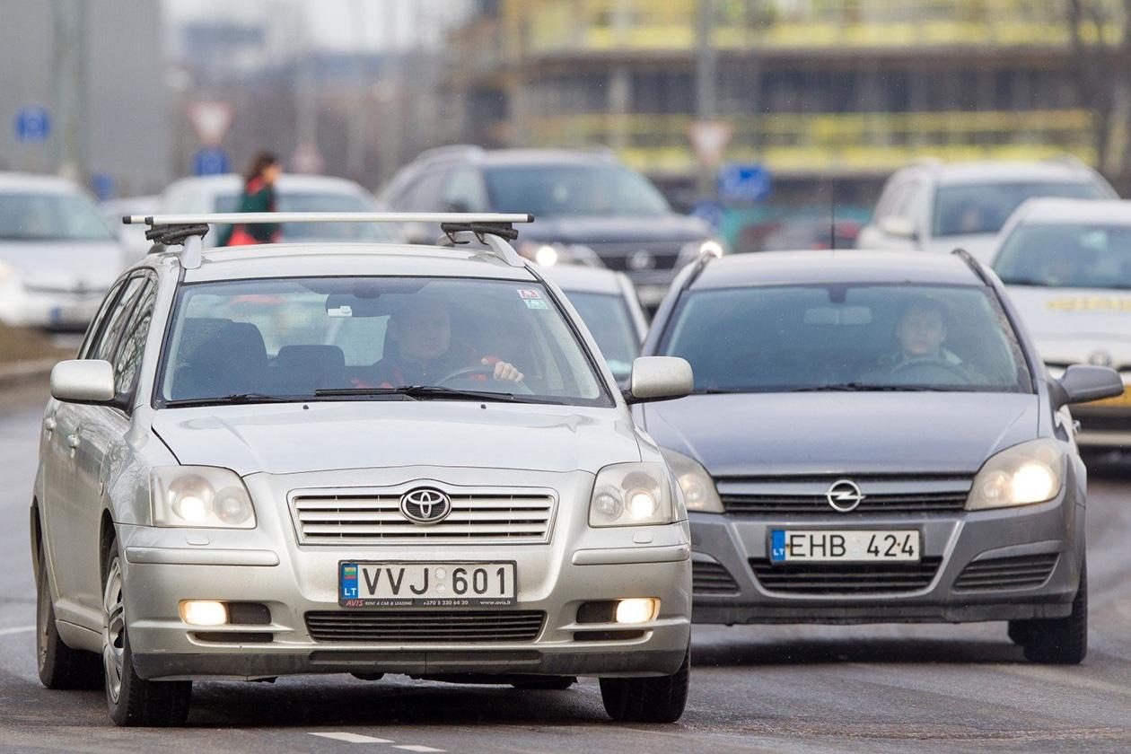 За один месяц украинские номера получили 11 тысяч «евроблях» 1