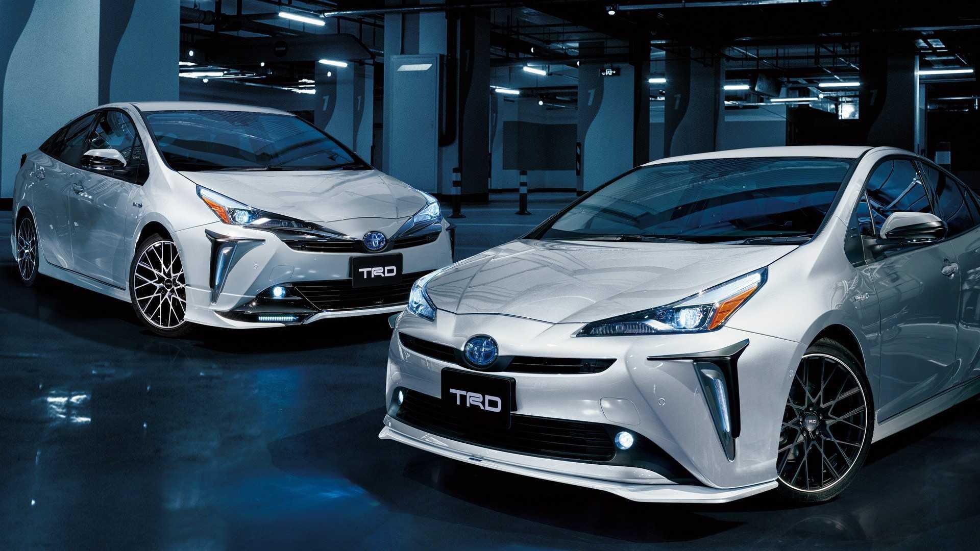 TRD превратил гибридный седан Toyota Prius в спорткар 1