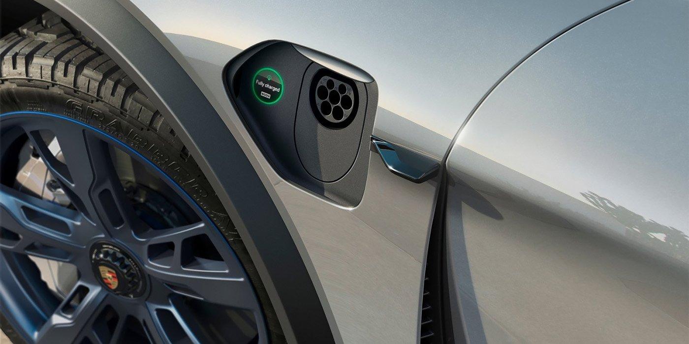 СМИ назвали цены на первый электрокар Porsche 1