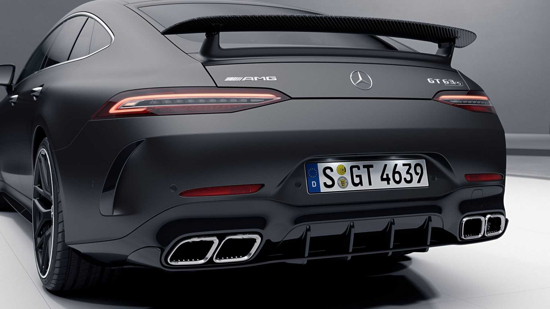 Самый крутой Mercedes-AMG GT 4-Door Coupe перестал быть секретом 2
