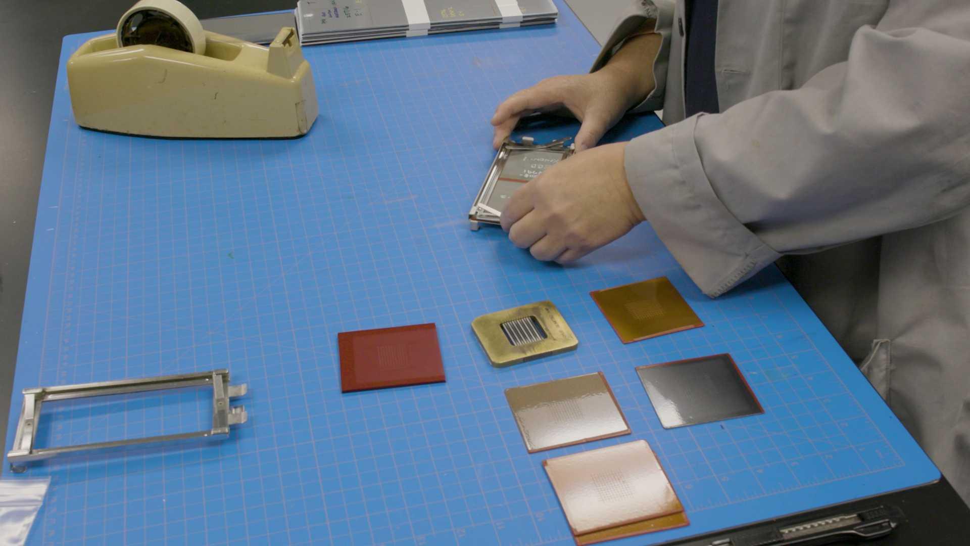 Nissan создал искусственное солнце для проверки окраски машин 1