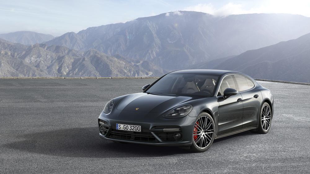 Porsche объявила глобальный отзыв Panamera 1