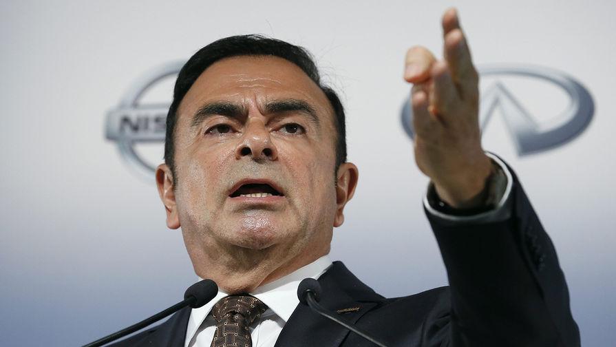 Японский суд продлил арест Карлоса Гона 1