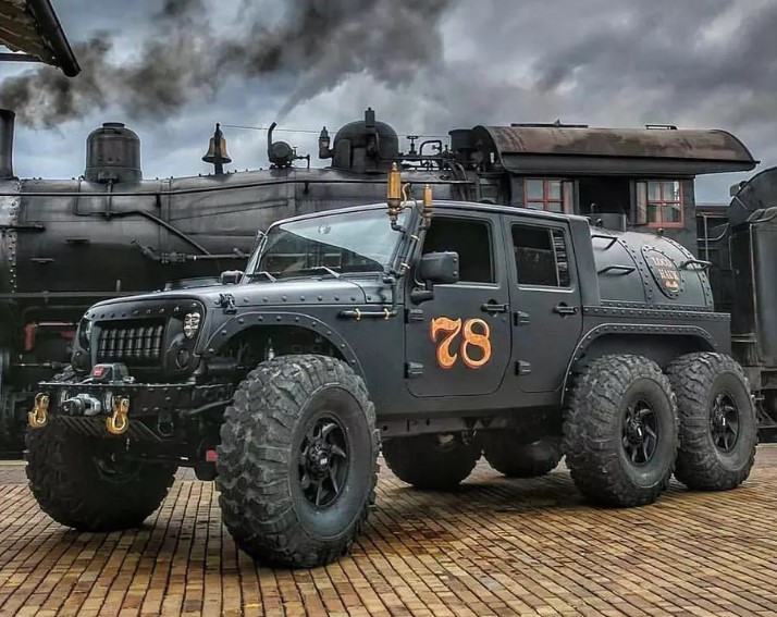 Шестиколесный Jeep Wrangler с паровым двигателем выставлен на продажу 2