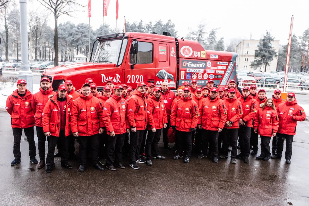 МАЗ представил «уникальный капотный грузовик» 2