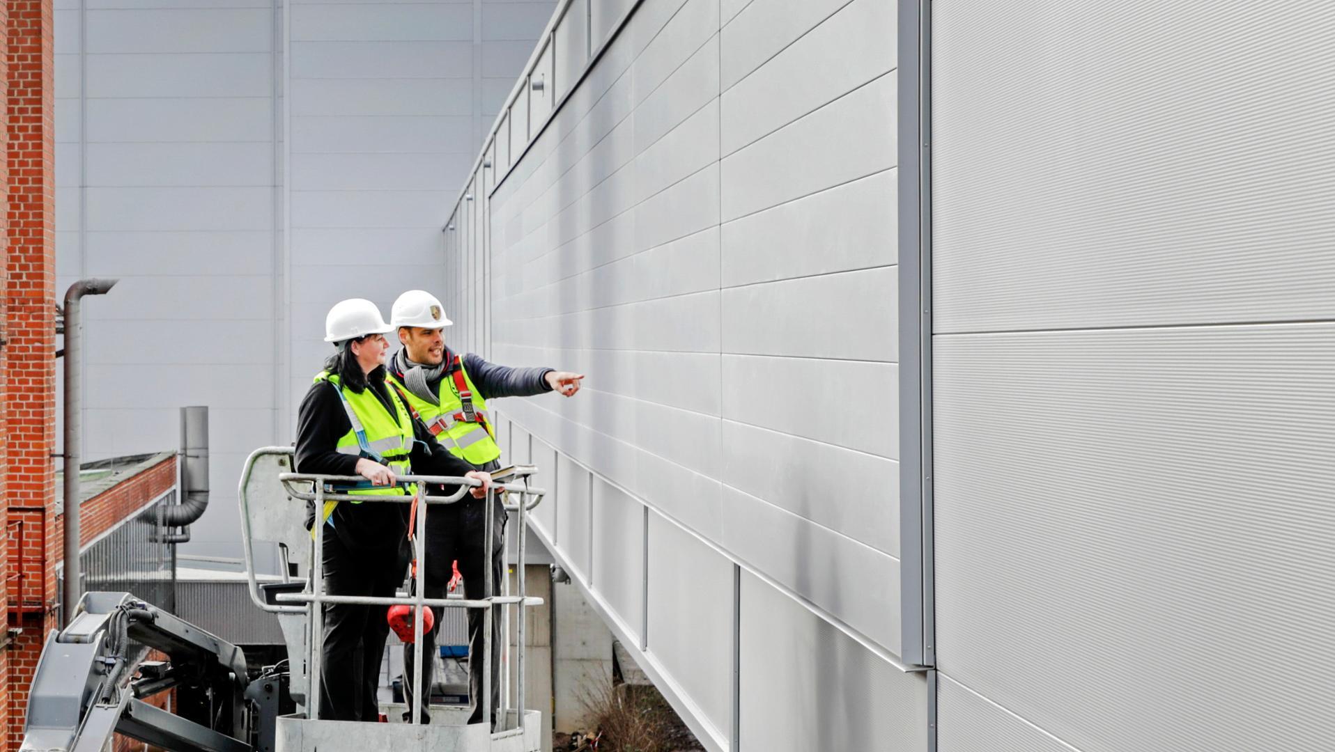 Стены завода для «самого тихого Порше» будут очищать воздух 1