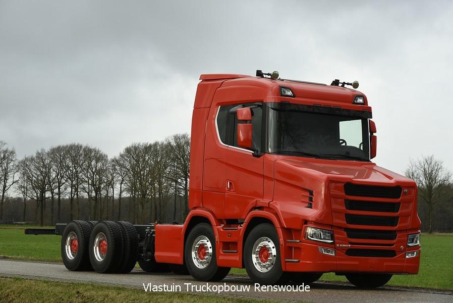 У нового поколения Scania появилась «носатая» версия 1