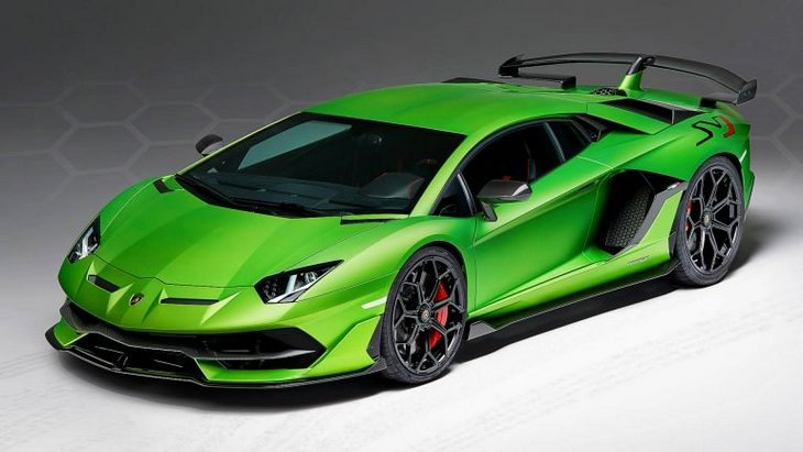 Lamborghini покажет в Женеве родстер Aventador SVJ 1