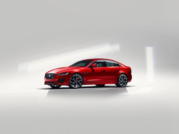 Jaguar раскрыл обновленный седан XE 2