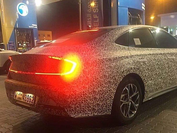 Новая Hyundai Sonata «потеряла» рычаг переключения передач 1