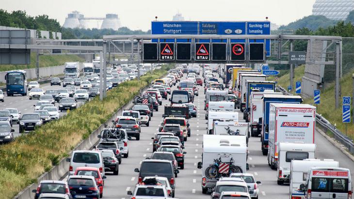Мировой автомобильный рынок в январе просел на 8% 1