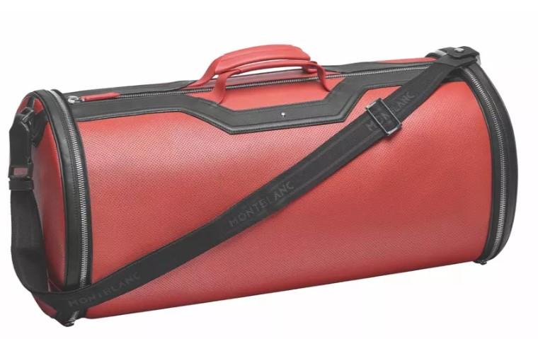 Набор сумок для BMW 8 серии оценили дороже универсала Kia Ceed 3